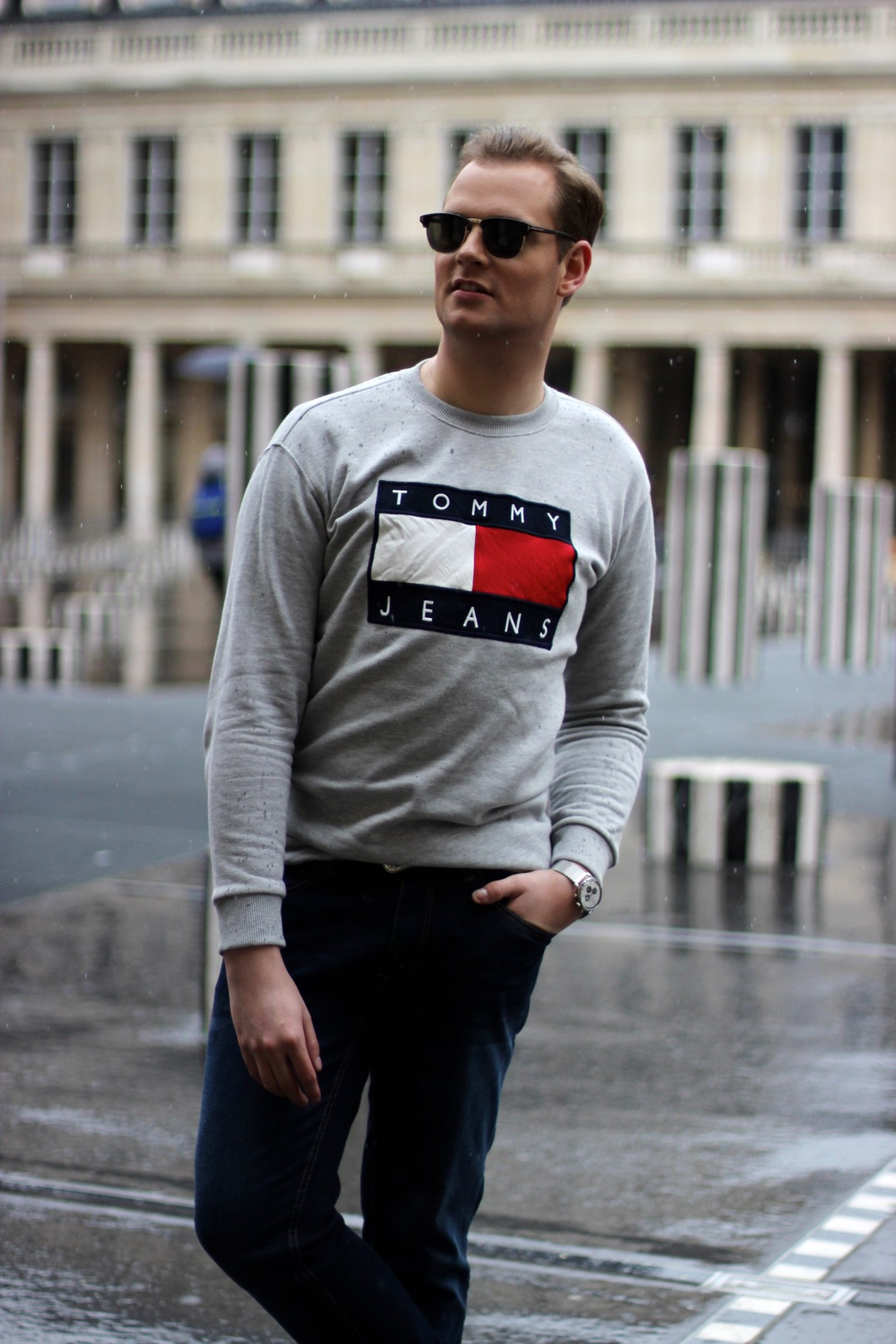 Palais Royal Tommy Hilfiger sweater, Van Bommel shoes JustKVN menswear and lifestyle blog